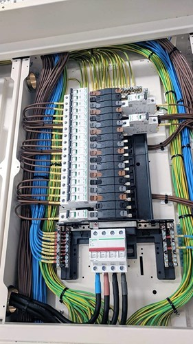 Pre-wired distribution board picture 1